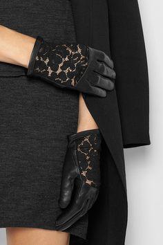 Nina Ricci - Black lace gloves - Guantes de encaje negro - WOMEN´S ACCESSORIES - ACCESORIOS - ACCESSOIRES