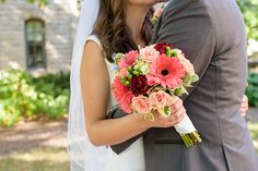 Katie & Greg – Coral & Cranberry Wedding, Sabrina Hall Photography