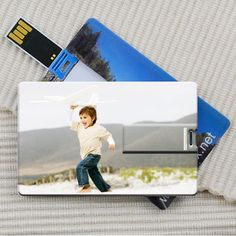 INFMETRY:: Credit Card Style USB Flash Drive with Your Custom Logo/Name - Customizing
