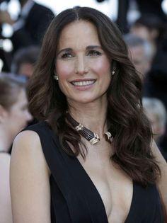 Cannes, Andie MacDowell, 54 years old...