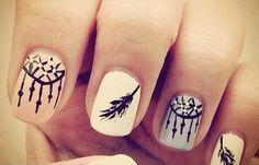 Diseños de uñas hipsters, diseño de uñas hipster pintadas.   #uñasdecoradas #acrylicnails #uñasbonitas