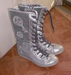 justice boots for girls with stars | Girls Justice High Top Sneakers Boots Size 4 Silver Peace Glitter ...