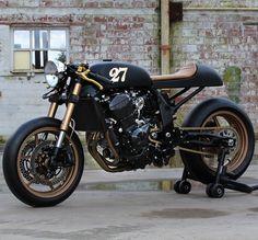 Kawasaki : z750 by Gunnar