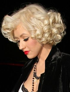 christina aguilera red hair | Christina Aguilera - Cutest Celebrity Curly Hairstyles - StyleBistro