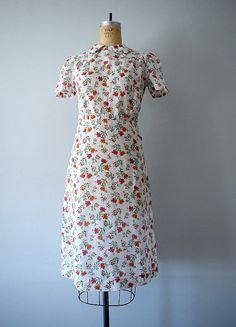 Vintage 1930s dress . floral print cotton 30s dress by BlueFennel