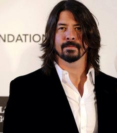 Dave Grohl - the sexiest man in rock n roll? I whole heatedly agree Foo Fighters Nirvana, Foo Fighters Dave Grohl, Great Bands, Cool Bands, There Goes My Hero, Taylor Hawkins, Most Beautiful Man, Beautiful People, Music Bands