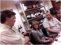 Cata a ciegas con Malbec y cuentos argentinos Cata, Chef Jackets, Short Stories, Literature, Libros