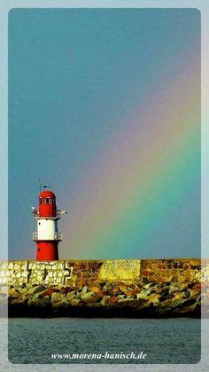"""""""Die Arbeit läuft dir nicht davon, wenn du deinem Kind einen Regenbogen zeigst. Aber der Regenbogen wartet nicht, bis du mit der Arbeit fertig bist."""" (unbekannt)"""