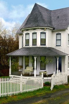 I love a house with a white picket fence