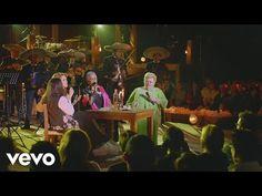 Las Tres Grandes - Pa' Todo el Año (Primera Fila [En Vivo]) ft. Paquita la del Barrio - YouTube