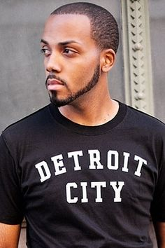 """PURE DETROIT   Authentic Detroit Apparel + Unique Detroit Gifts Pure Detroit, specializes in Detroit-themed apparel and gifts. It will donate 25% of this week's sales of """"Detroit City"""" tees to the ALS Association."""