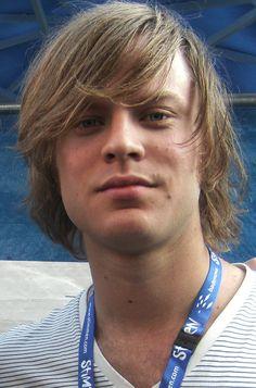 Björn Men Hairstyles, Cool Bands, My Love, Hair Styles, Music, Hair Style, Hair Plait Styles, Musica, Musik