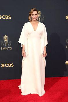 Emmys 2021: See All of the Red-Carpet Looks   Vanity Fair Keri Russell, Sophia Bush, Catherine Zeta Jones, Kate Winslet, Elizabeth Olsen, Jennifer Coolidge, Jean Smart, Dior Haute Couture, Mandy Moore