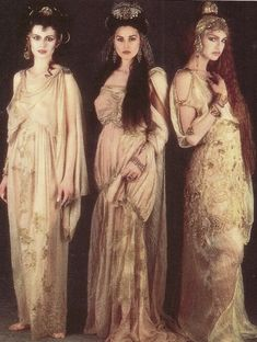 Brides of Dracula from Coppola's 'Bram Stoker's Dracula'. Brides are Countesses by default - link look, vampire and style to that of the Countess in Angela Carter's Snow Child.