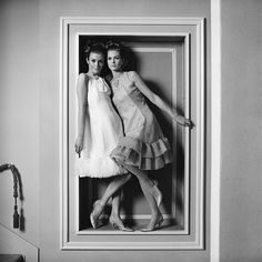 Paul Huf has been very important for the Dutch photography. He started as a photographer at the 'Comedia theater company' in He made s. Uk Photos, Photos Of Women, Floral Fashion, White Fashion, Liza Minnelli, 60s And 70s Fashion, Vintage Fashion Photography, Fashion Designer, Huf