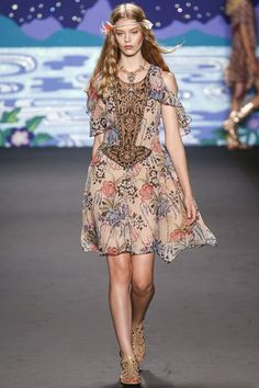 Anna Sui Spring/Summer 2014 Ready-To-Wear