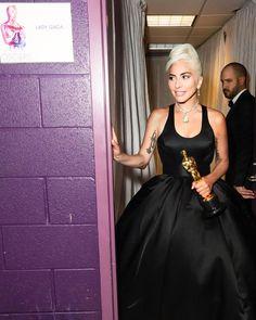 Mtv Video Music Award, Fotos Lady Gaga, Justin Bieber, Lady Gaga The Fame, Divas, Lady Gaga Pictures, Fancy Blouse Designs, A Star Is Born, Badass Women
