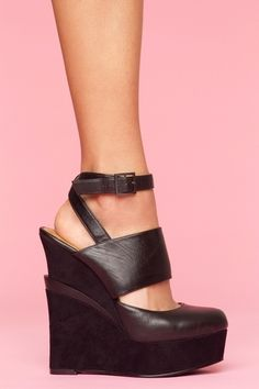 Galang Platform Wedge - Black - StyleSays