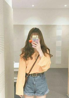 girl (っ◔◡◔)っ ♥ korean fashion inspo ♥ Ulzzang Girl Fashion, Style Ulzzang, Mode Ulzzang, Korean Girl Fashion, Korean Fashion Trends, Korea Fashion, Cute Fashion, Asian Fashion, Kfashion Ulzzang