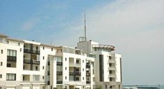 Apartment Les Roches Marines I Le Cap d Agde - 2 Star #Apartments - $95 - #Hotels #France #Capd'Agde http://www.justigo.co.za/hotels/france/cap-dagde/les-roches-marines_75989.html