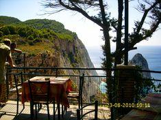 Zakynthos - Ahol a sziget vad birodalma kezdődik Olympus, Greece, Stones, Restaurant, Greece Country, Rocks, Diner Restaurant, Restaurants, Dining