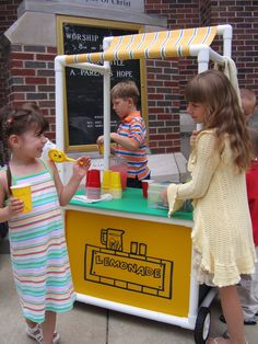 PVC Lemonade Stand Pvc Pipe Crafts, Grillin And Chillin, Pvc Projects, Baking With Kids, Girl Scout Cookies, New Crafts, Summer Kids, Store Design, Girl Scouts