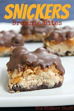 Brownie Bites Snickers Brownie Bites from SixSistersStuff.ComSnickers Brownie Bites from SixSistersStuff. Brownie Bites Recipe, Brownie Recipes, Candy Recipes, Sweet Recipes, Cookie Recipes, Dessert Recipes, Bar Recipes, Dessert Healthy, Budget Recipes