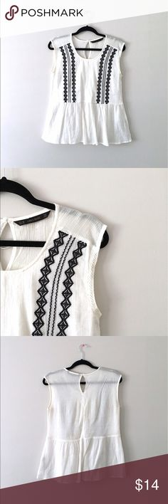 Zara | Light Peasant Top White cotton top with black embroidery from Zara Basic. Size XS but could fit a small. Perfect for summer! Fast Shipping 10% Off 2+ Items Zara Tops