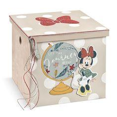 Το εργαστήριό μας είναι στην ευχάριστη θέση να σας παρουσιάσει τα προϊόντα βάπτισης Disney ύστερα από έγγραφη άδεια από την εταιρεία… Decorative Boxes, Disney, Home Decor, Decoration Home, Room Decor, Home Interior Design, Decorative Storage Boxes, Disney Art, Home Decoration
