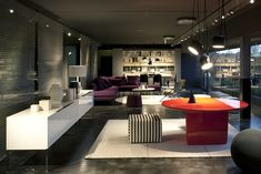 1000 images about novedrate showroom on pinterest b b for B b italia novedrate