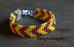 Bransoletka z korlików żółt czerwona - BangleDangle - Bransoletki z koralików