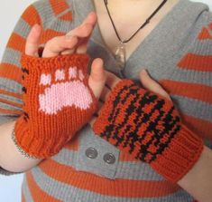 Tiger paws fingerless gloves knit paw prints on palms ready to ship