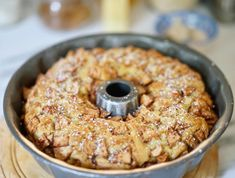 Jewish Apple Cake – 12 Tomatoes FULL RECIPE HERE Part of me was lively upon a construct it and they will arrive mentality (probably out of. Chicken Curry, Apple Cake Recipes, Dessert Recipes, Cupcake Recipes, Easy Desserts, Minis, Jewish Apple Cakes, Cooking Panda, Mama Cooking