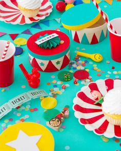 DIY Circus Stand Favor Boxes   Oh Happy Day!