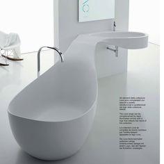 Bath and washbasin