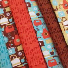 Chegaram os meus tecidos! Cadernos de Receitas vem aí, gente!🍴😊 #cadernosartesanais #cadernosdereceitas #papelaria #papelariaartesanal #feitoàmão #encadernaçãomanualartística #cartonagem #produtosartesanais #produtosforadeserie #elo7