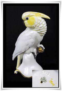 Figura de cacatua, porcelana Rosenthal. [Ref.9157] No rajaduras, no restauraciones, no quiñes. Alto 23 cm Porcelain Ceramics, Sculptures, Birds, Fish, Pets, Animals, Collection, Antique Stores, Home