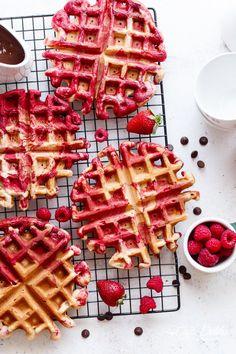 RED VELVET MARBLED WAFFLES Really nice recipes. Every hour. Show  Mein Blog: Alles rund um die Themen Genuss & Geschmack  Kochen Backen Braten Vorspeisen Hauptgerichte und Desserts