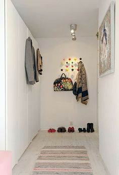 diele schrank kleider schuhe accessoires teppichläufer