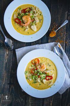 Kokosowa zupa z kurczakiem i krewetkami