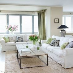 What a fresh looking #livingroom! :two_hearts: :tulip: :seedling: