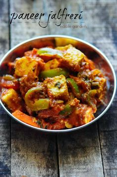 Paneer Jalfrezi recipe - a popular restaurant-style ( Paneer cheese) recipe that has some vegetables thrown in. Paneer Jalfrezi goes fabulously with nan or pulao and gives a nice protein kick to the meal, especially for vegetarians Easy Paneer Recipes, Indian Paneer Recipes, Curry Recipes, Vegetable Recipes, Indian Food Recipes, Asian Recipes, Vegetarian Recipes, Cooking Recipes, Healthy Recipes