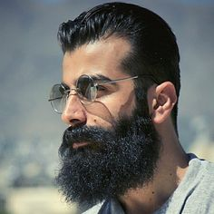Familiar beard ? This man has a widow's peak