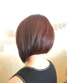 Loving this asymmetrical cut  ♡ By Samantha