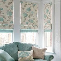 Drapery, curtains, blinds and window treatments. Blinds For Windows, Curtains With Blinds, Valances, Cortina Roller, Bay Window Living Room, Beautiful Blinds, Made To Measure Blinds, Custom Window Treatments, Curtain Designs