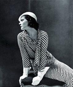Natalia Paley, Vogue, 1931  Photographer: George Hoyningen-Huene