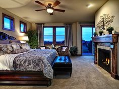 Romantic Bedrooms Decorating : Sexy and Honeymoon Style
