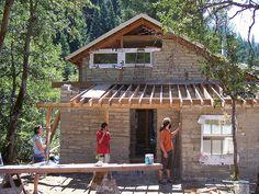building a papercrete home