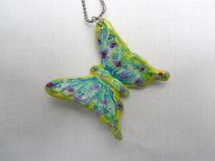 #Collana con #pendente #farfalla dipinta a mano