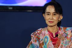 """Inspirational quotes by famous women: AUNG SAN SUU KYI """"You should never let your fears prevent you from doing what you know is right."""""""